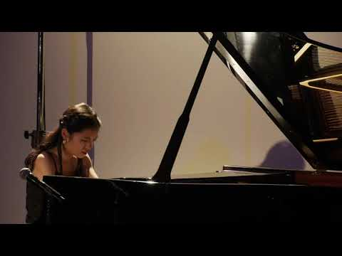 Ellen Lee Plays Beethoven And Bach-Busoni