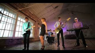 Download Black Fox - Blue Suede Shoes Mp3 and Videos