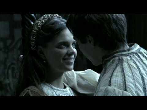 Princess Isabella & Prince Afonso in love Isabel s02e12