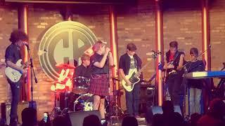 School of Rock - 11 yr old sings Punk Rock