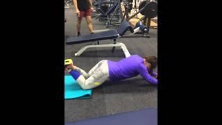 Алина Фрадина-упражнение на пресс