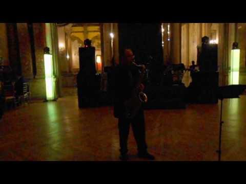 VICTOR ROJAS (saxvic)   In the Mood     Casino Español