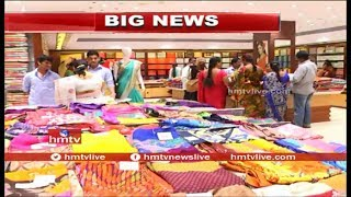 Diwali Offers 2017 | Huge Rush in Hyderabad Shopping Malls | hmtv