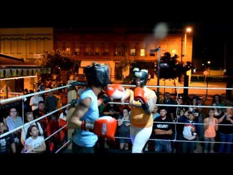 6.5.2014 KELLY vs ROBIN FOXY BOXING at THE TOLEDO