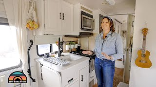 Her Beautifully Renovated Rν - Tiny House On Wheels W/ Tons Of Space