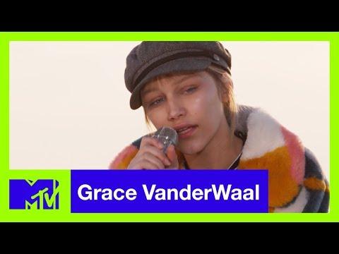 Grace VanderWaal Performs 'City Song' (Live Acoustic) | #MTVXGRACE