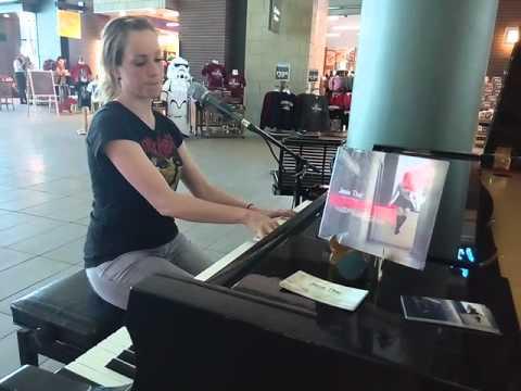Jenie Thai. Live. Jazzy Singer at EIA #edmonton #alberta  #canada  #flyeia #piano #singer #pianoplay