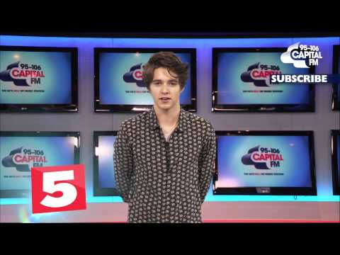 Brad Simpson Tells Us Who He Wants To Date! (5 Questions For)