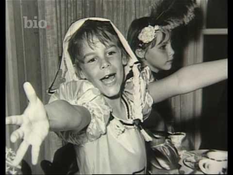 Jamie Lee Curtis - Biography Channel - Mike Cooper - British Voiceover Artist