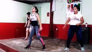 ZUMBA AQUECIMENTO - Reggaeton Retrô/ Keila Ferraz e Cia