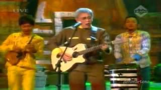 Iwan Fals ft Klantink Oemar Bakri / www.music.alfannany.info