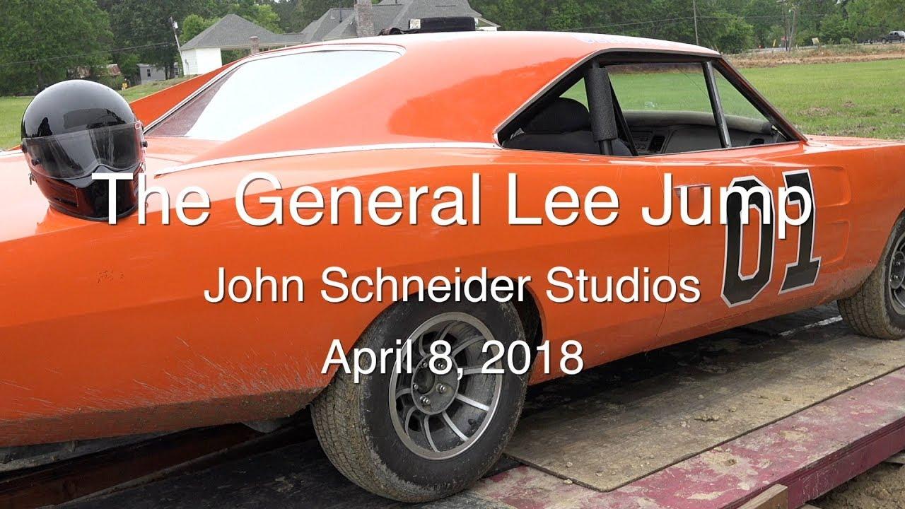 Jumping 01 General Lee Wallet