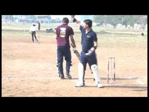 Grand Finale: Cricket Match- BIMM Vs BIIB - Drishti 2k15 @ Sri Balaji Society.