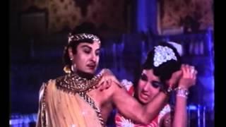 Aayiram Nilave Vaa HD Song