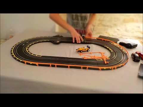 Le circuit de voitures éléctriques le plus nul du monde !!
