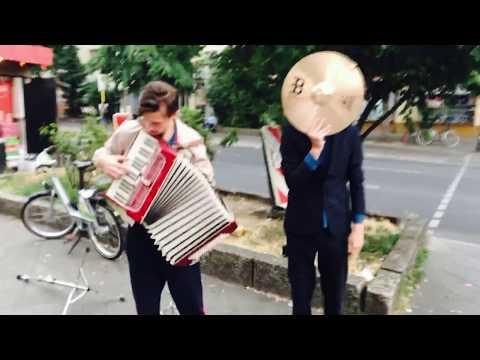 Milliarden - Über die Kante (Lyric Video)