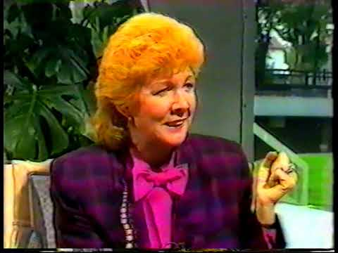 "CILLA BLACK - ""PEBBLE MILL"" Interview"