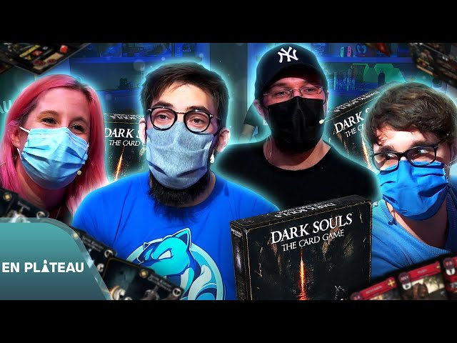 On essaye un jeu de carte dans l'univers de Dark Souls ! 😲🃏 - Dark Souls Card Game | En Plateau