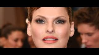Happy Birthday, Linda Evangelista! The Original Supermodel Turns 50 And Is Happy About Aging