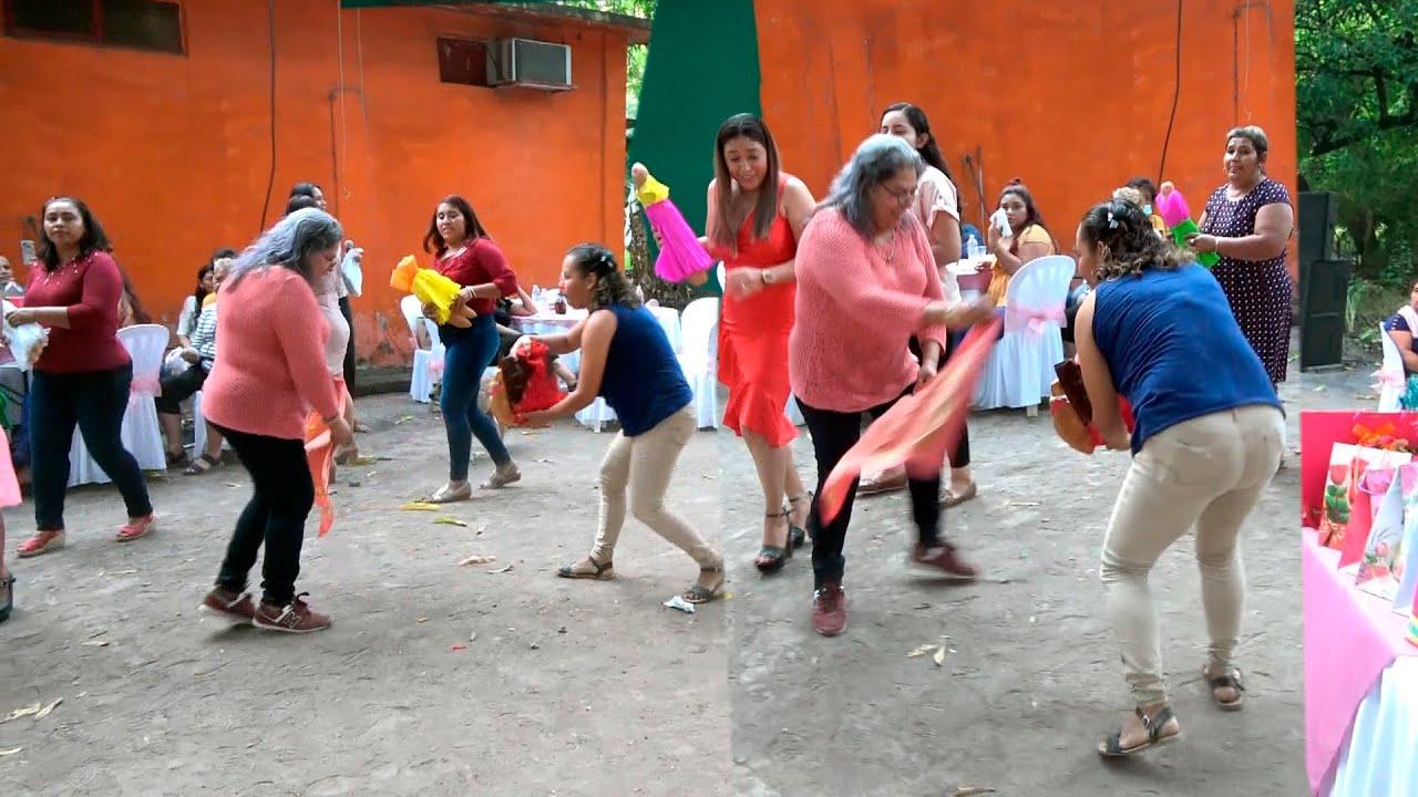 TRADICIONAL BAILE DE LOS MONOS  Y QUEMA DE MONA  EN  EL CUMPLEAÑOS DE LA SRA. MARIA BELTRAN V IMPERD