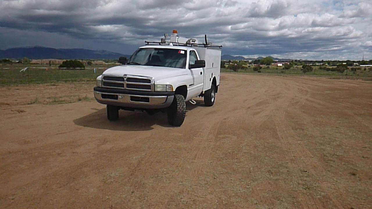 2001 dodge ram 2500 4x4 maintenance truck [ 1280 x 720 Pixel ]