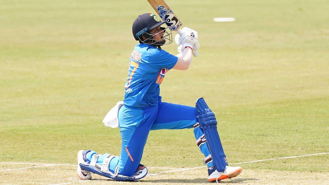 Teen star Verma flays Aussie attack in T20 blitz - YouTube