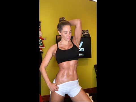 "HOT! SWEATY! RIPPED! SHREDDED! ""SHRIPPED""! MASTER FITNESS TRAINER JENNIFER NICOLE LEE JOLT OF JNL"