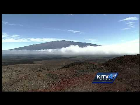 New activity on Mauna Loa has scientists on alert