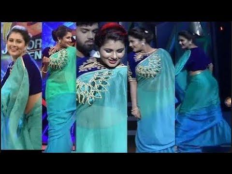 Anchor Alina Padikkal Hot   Fashionable Dress