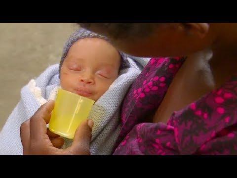 Expressing and Storing Breastmilk (Khmer) - Breastfeeding Series
