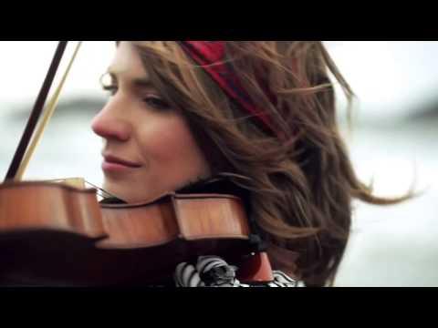 Violin cướp biển caribe - Taylor Davis
