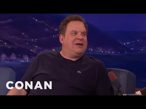 "Don't Pitch Jeff Garlin Your ""Curb"" Ideas   CONAN on TBS"