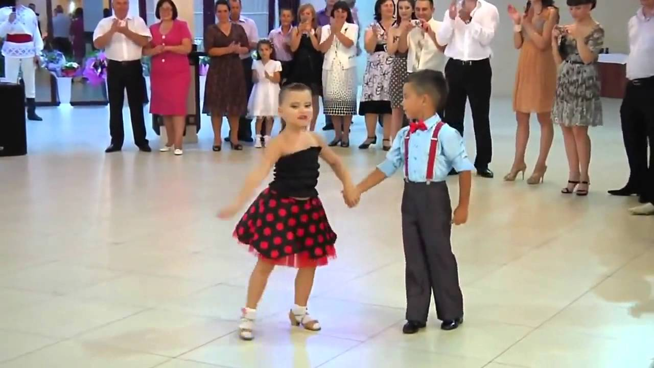 Best Advanced Salsa Dance Performance by Kids - YouTube