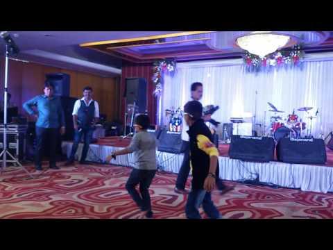 Peene ki tamanna hai Dance by Sahil Ashar and...