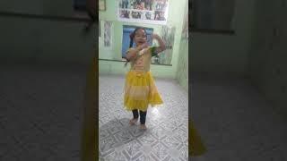 Chammak challo dance| Choreograph by Monika sharma | dancer santoshi thapa