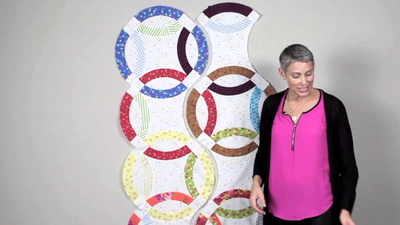 Double Wedding Ring Quilts Piecing The Strips Youtube