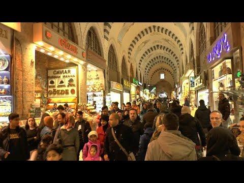 Istanbul.  A walk around Egyptian Bazaar.