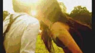 Sunday Morning by Maroon 5 with lyrics