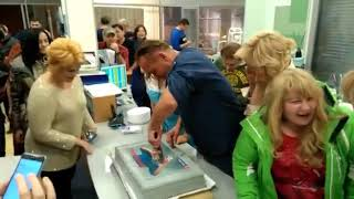 Максим Аверин упал лицом в торт на 5 летнем юбилее сериала Склифосовский
