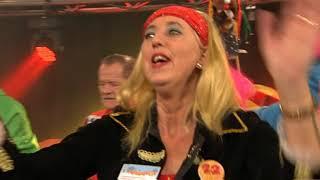 Helene wat heb je mooie b�ne! - Zingende Barkeeper CO | Baronie TV 2019