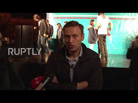 Russia: 'Everyone can be candidate for president' - Navalny in rally after release from jail