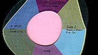She - Outta Reach / Boy Little Boy 1970