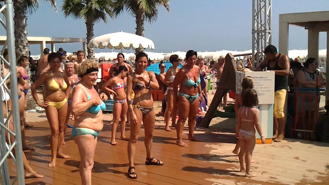 Playa del sol -riccione - balli di gruppo 2013 - YouTube