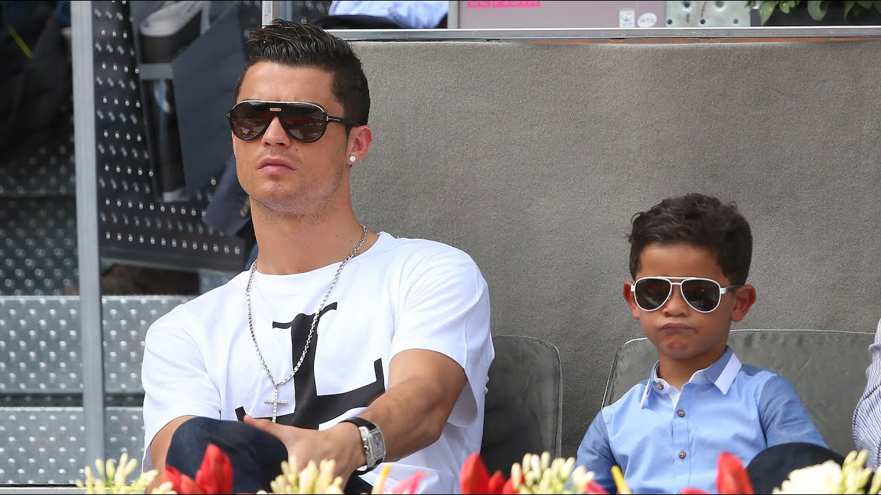 Cristiano Ronaldo's Son Meets Messi, Interrupts Interview Dressed as ...