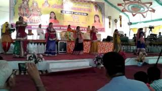 Shyam chudi bechne aaya dance video......by ankita n group ...bhagvat Katha..by Kriparam ji maharaj