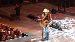 "KENNY CHESNEY - ""We Went Out Last Night"" - Live in Peoria HQ"