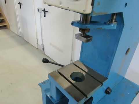 WMW PYTE 3,15 Hydr. Single Column Press