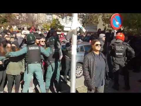 Tensión en Alsasua durante un acto de España Ciudadana
