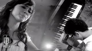 Download NOAH Feat. Momo GEISHA - Cobalah Mengerti (Official Music Video)