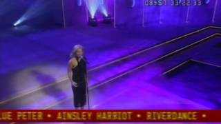 Video Geri Halliwell - Calling - Live At BBC Children In Need 2001 download MP3, 3GP, MP4, WEBM, AVI, FLV Juli 2018